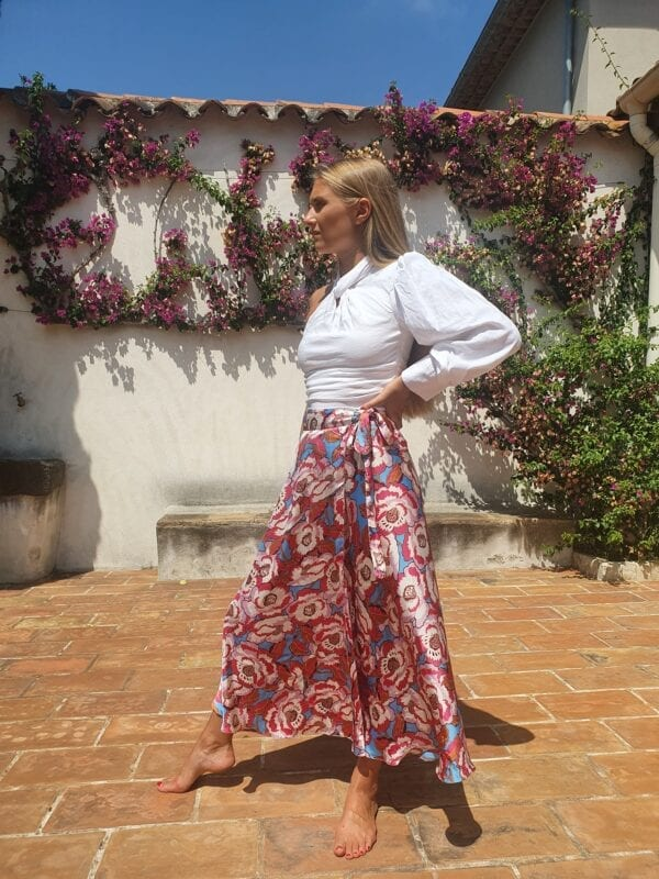 Diana d'Orville printed silk skirt with pink flowers on white background